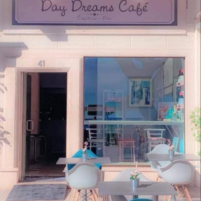 Day Dreams Cafe and Bar